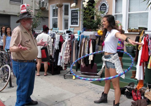 Lionel meets up with a young lady near the Venice Boardwalk who tells him she's a writer.