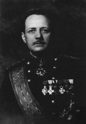 Fritz wearing the German Iron Cross, other medals from Germany, Austria, Turkey, and Bulgaria, circa 1930s.
