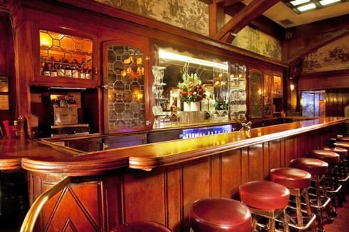 Musso & Frank's mahogany bar