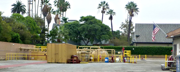 Allen Company oil drill site at 814 W 23rd St, Los Angeles, CA 90007. Still closed in February 2016 pending outcome of City lawsuit and federal citations.